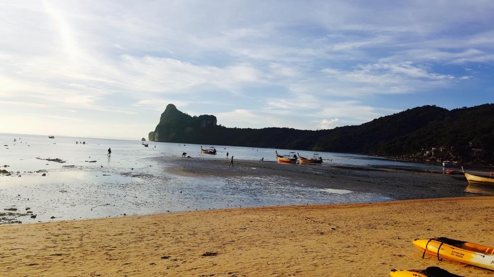 koh phi phi sunset low tide