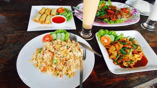 yummi thai food
